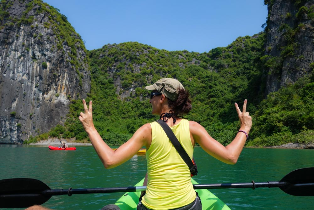 Kayaking in Lan Ha Bay