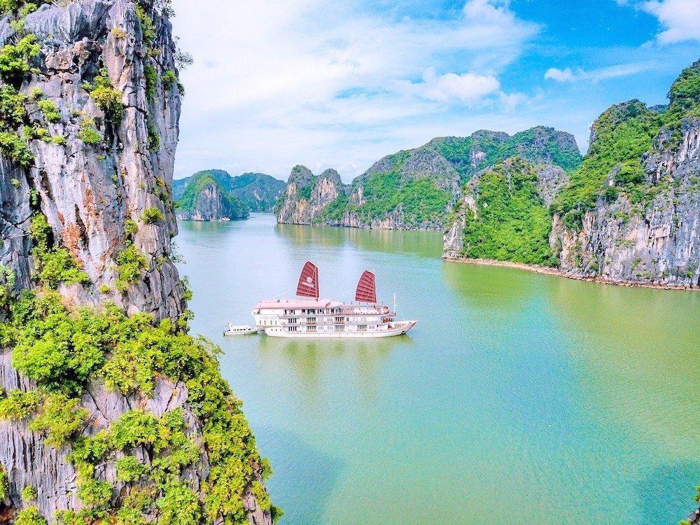 Heritage Line Ginger Cruise in Lan Ha Bay
