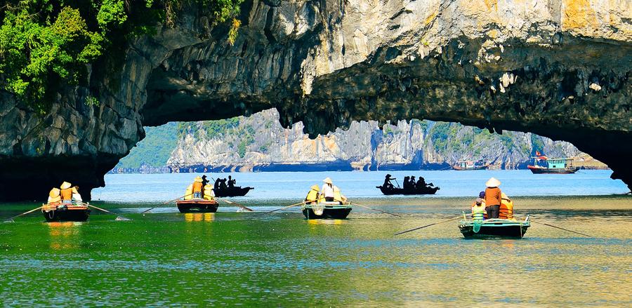 Luon Cave in Lan Ha Bay