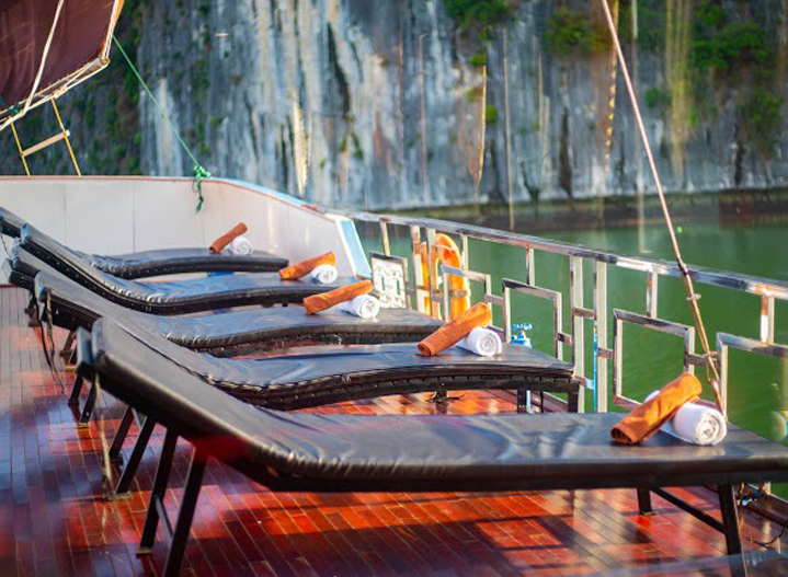 Cat Ba Ocean Cruise Lan Ha Bay 2 Days 1 Night