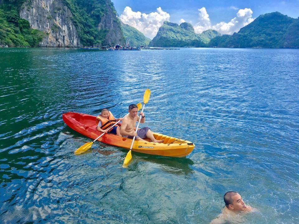 Kayaking at Tra Bau Area in Lan Ha Bay