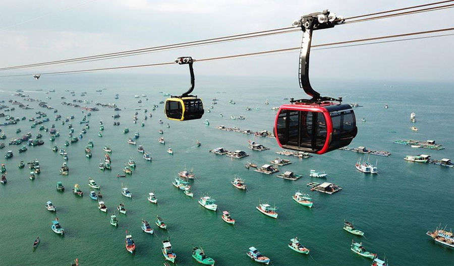 Experience Halong Queen Cable Car