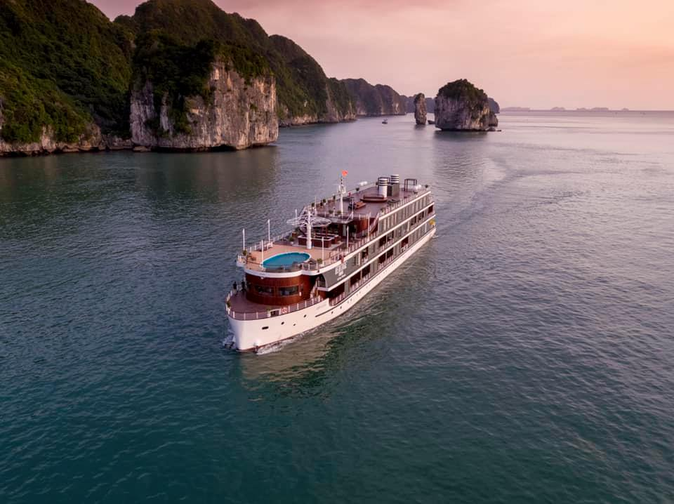 Heritage Cruise Lan Ha Bay 4 Days 3 Nights