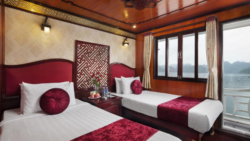 Rosa Cruise Lan Ha Bay