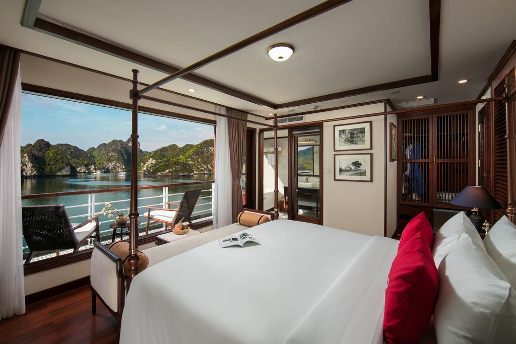 Luxury Heritage Cruise in Lan Ha Bay