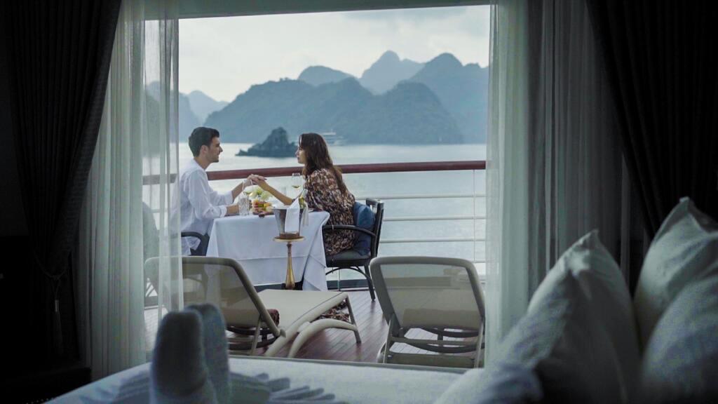 Paradise Grand Cruise Lan Ha Bay