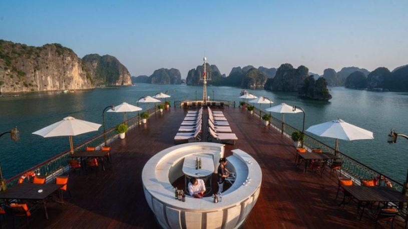 Du Thuyền Indochine Cruise Vịnh Lan Hạ